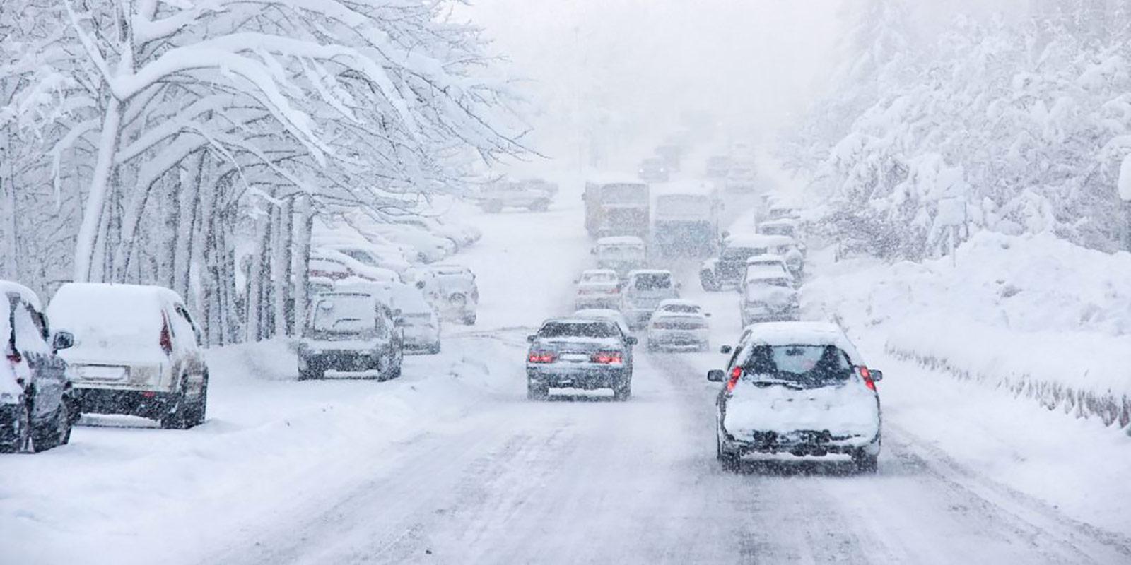 Jak připravit auto na zimu? Havarijní pojištění se v tomto období vyplatí