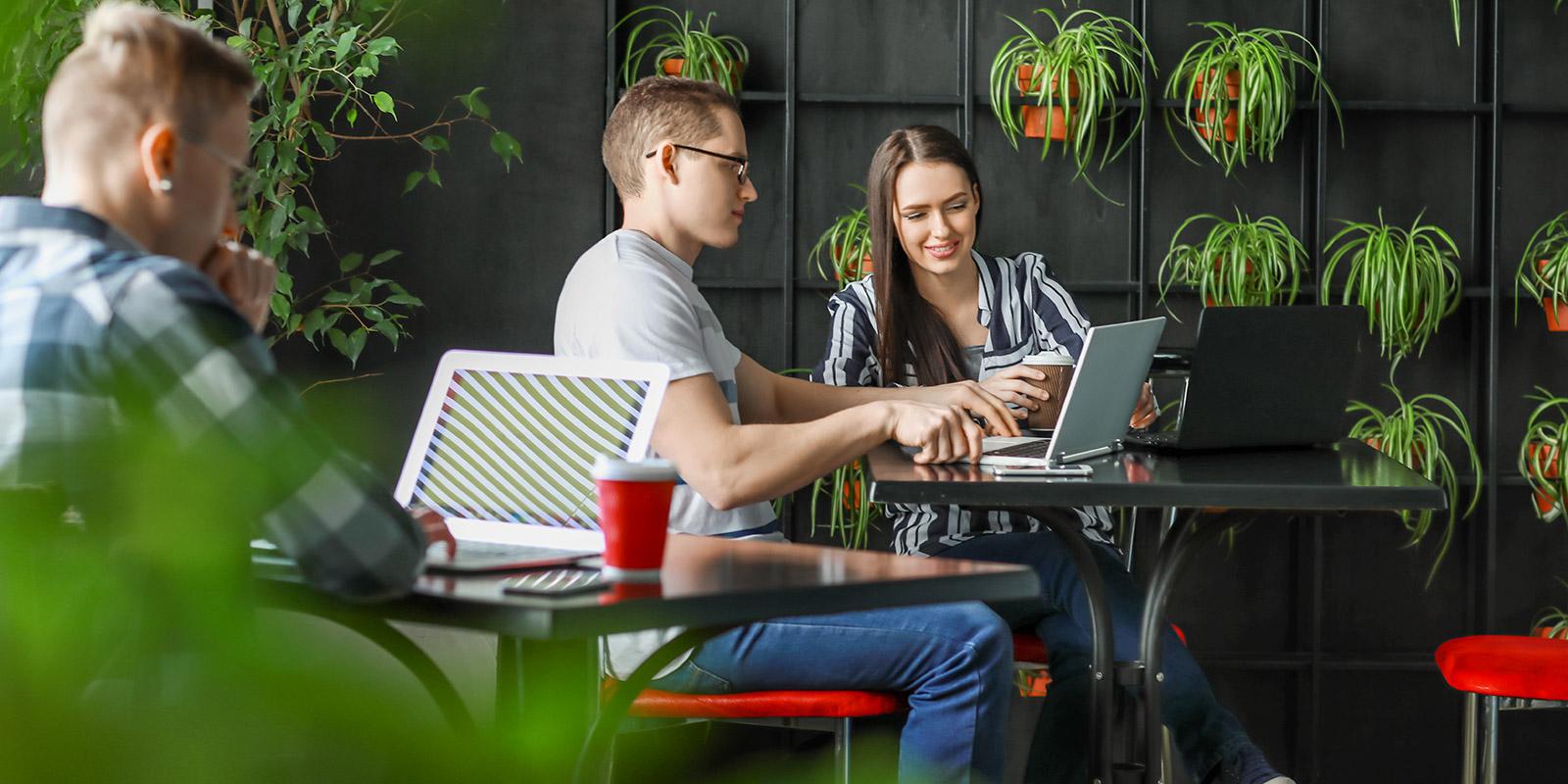 Ušetřete za pronájem kanceláře. Coworking může být levnější a přináší řadu dalších výhod