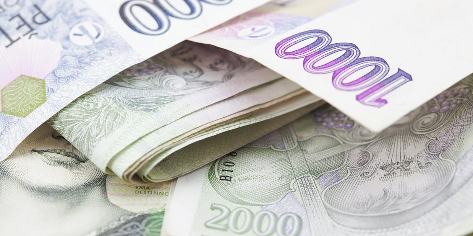 Problémy se splácením půjček lidé nemají, s odkladem splátek se jich na banky obrátilo přes 30 000