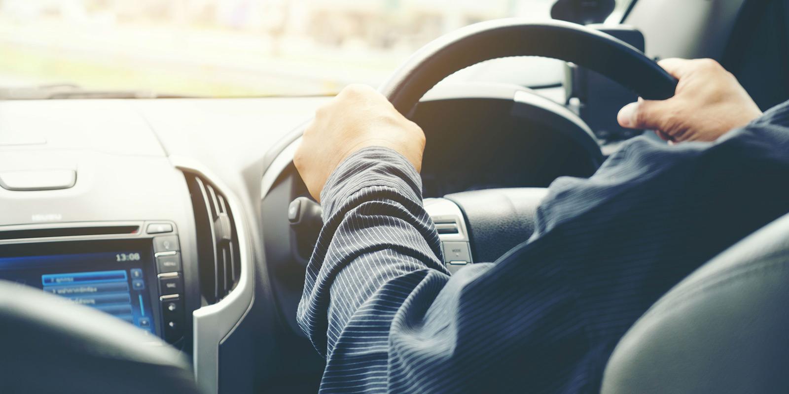 Při prodeji nezapomeňte na přepis vozidla, veškeré pokuty nového majitele jinak zaplatíte vy sami!