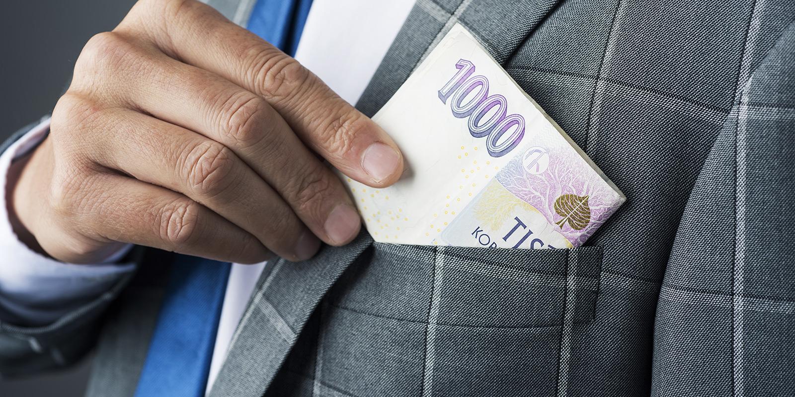 Vede lákadlo první půjčky zdarma do dluhové pasti? Kdy smysl dává a kdy ne?