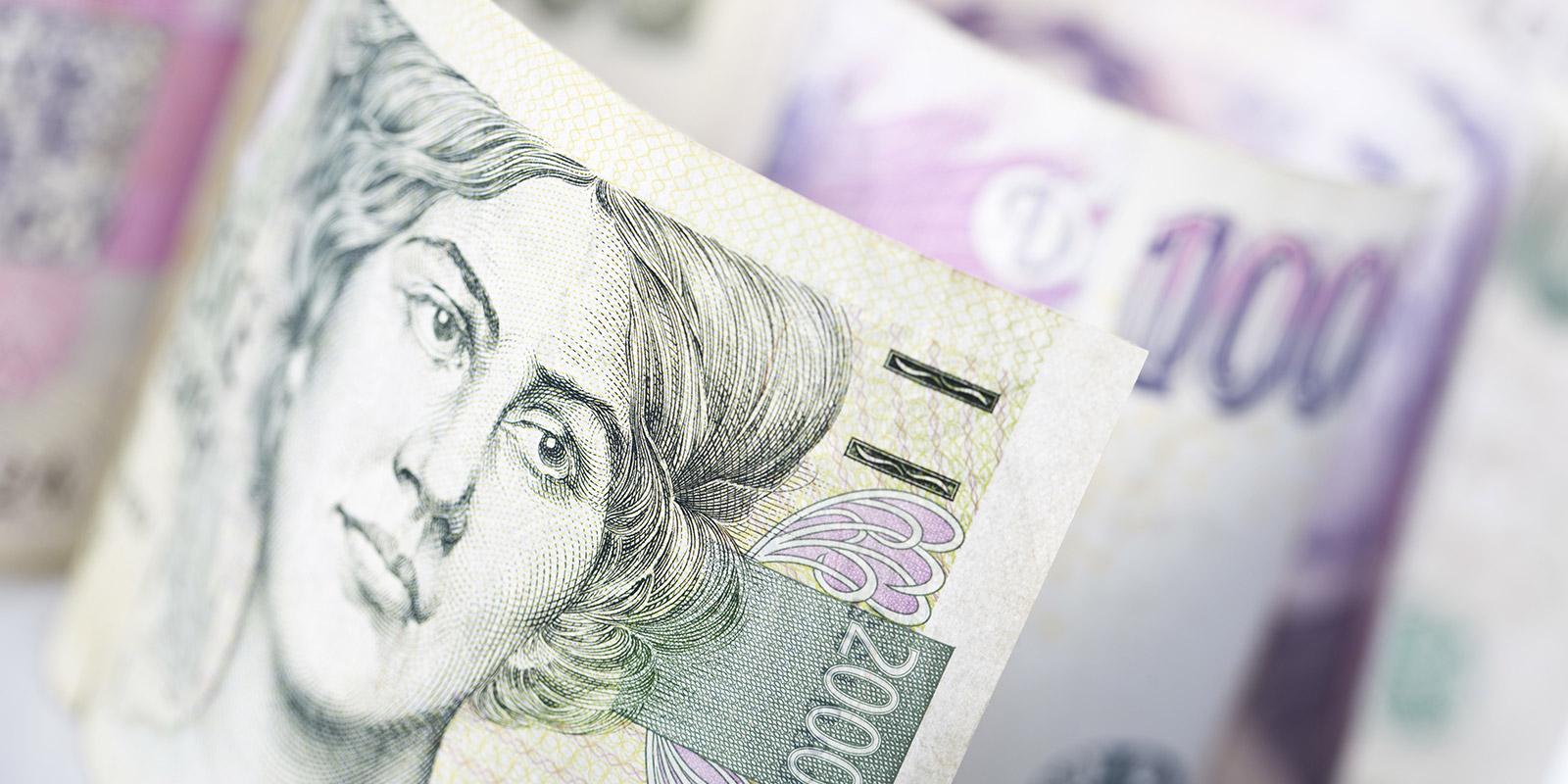 Srovnání bankovních půjček: Kde si půjčíte 30 000 Kč, 100 000 Kč, ale i 500 000 Kč nejvýhodněji?