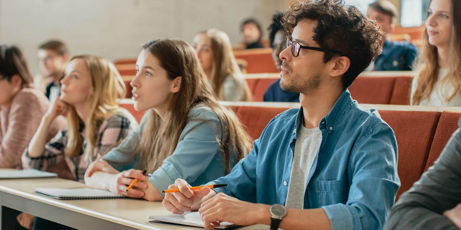 Studentská půjčka. Jaká jsou specifika a nabídka studentských půjček?
